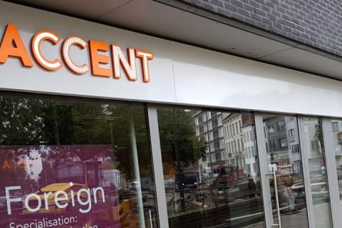 accent office